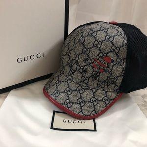 🆕 Gucci GG monogrammed sport cap 🧢